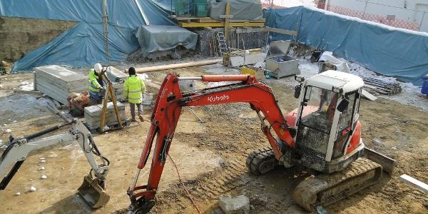 Vorbereitungen für Bodenplatte Tiefgarage und Kellerräume